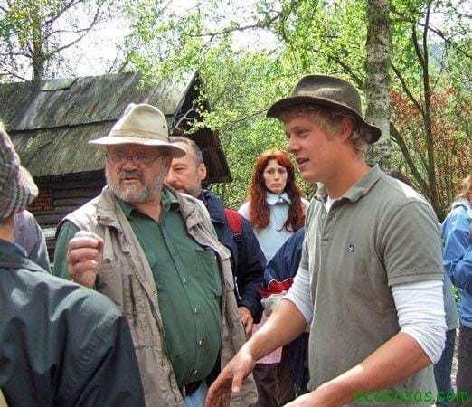 Sepp and son Sepp Holzer: El rebelde agrario (Documental)