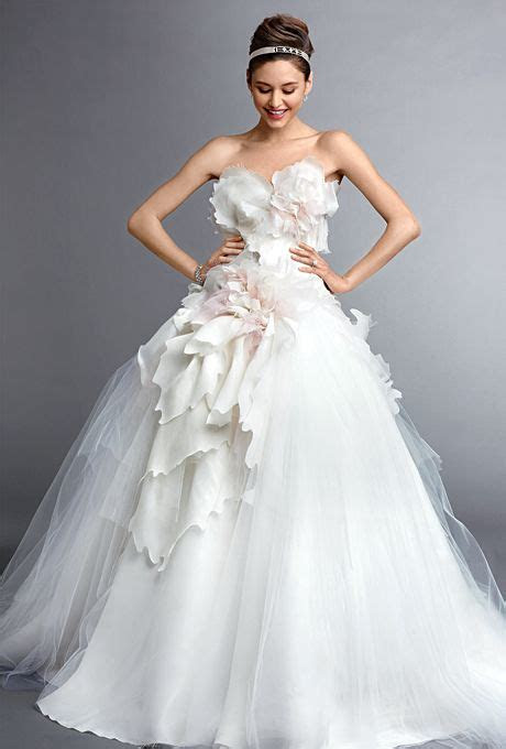 17 Best ideas about Marchesa Wedding Dress on Pinterest