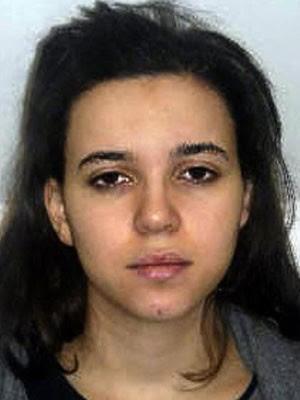Hayat Boumeddiene é procurada pela polícia francesa (Foto: Reuters/Prefecture de Paris)