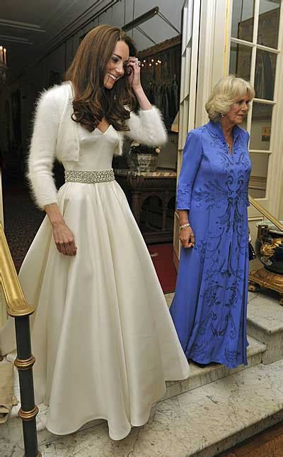 Royal wedding reception: Kate Middleton changes into a