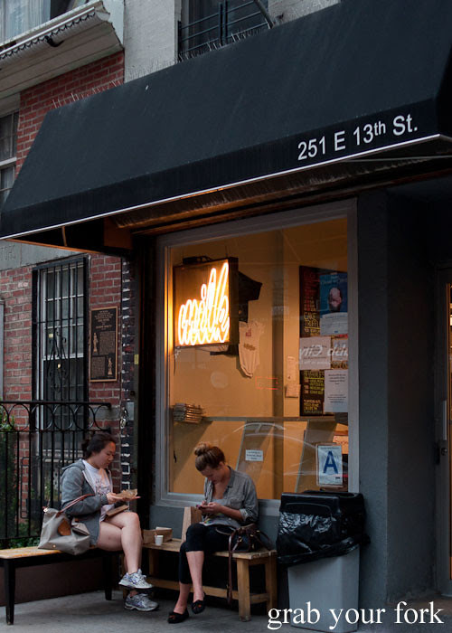 momofuku neon light at momofuku milk bar east village nyc new york david chang christina tosi