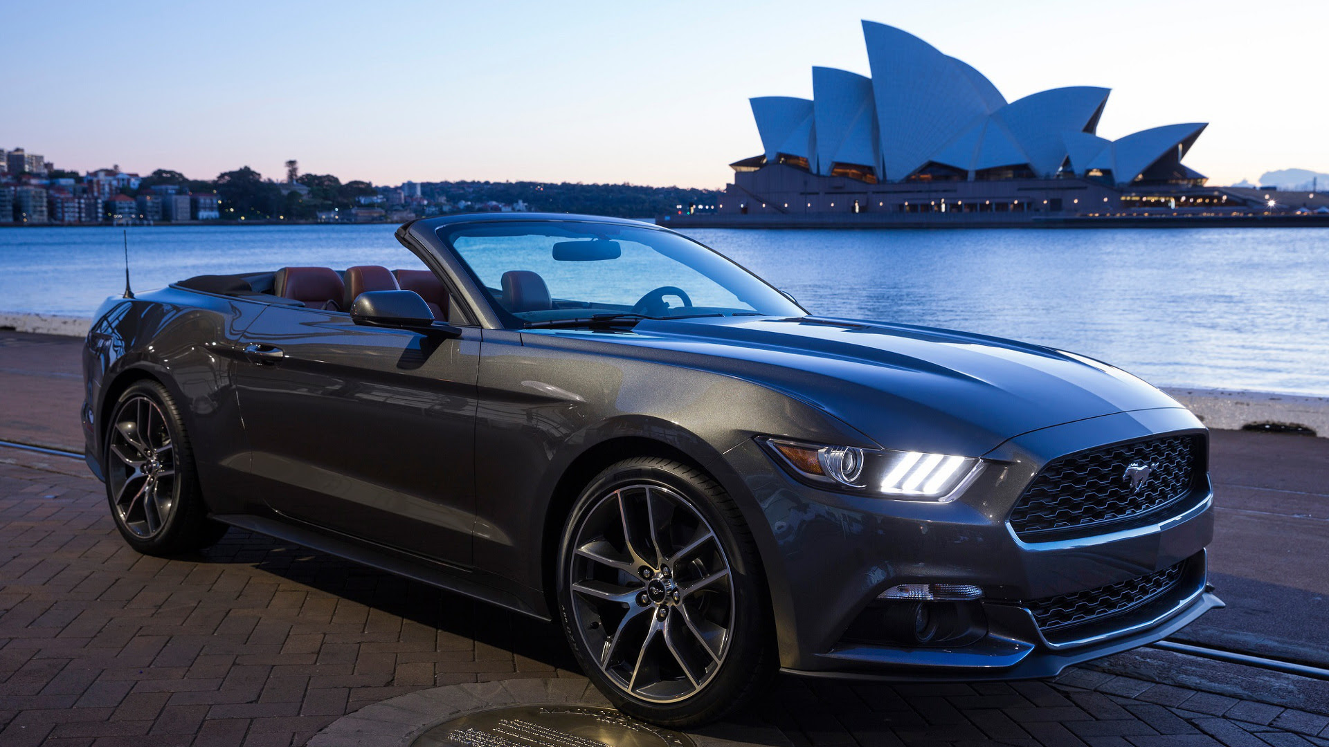 2018 ford mustang sports car ford we hear 2018 ford mustang axes v6 ...
