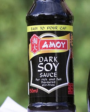 The row flared when the pupil refused to lend He a bottle of soy sauce