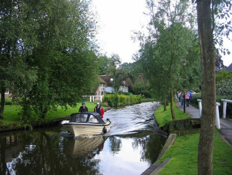 Giethoorn, a Veneza rural da Holanda 11
