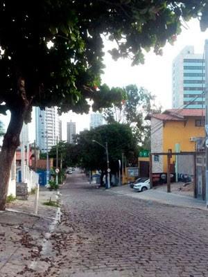 Rua do Salsa é muito frequentada por estrangeiros que visitam Natal (Foto: Muriu Mesquita/Inter TV Cabugi)