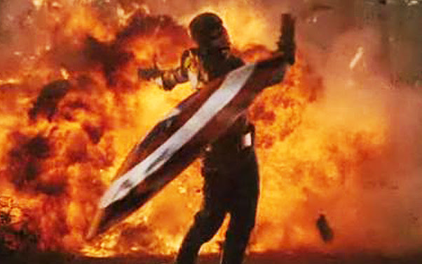 http://www.bradfordtaylor.com/wp-content/uploads/2011/08/captain-america-shield-throw.jpg