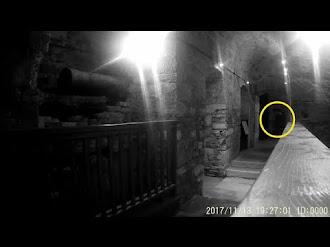Ghost Sighting In Haunted Prison / Fantasma Captado en Prisión