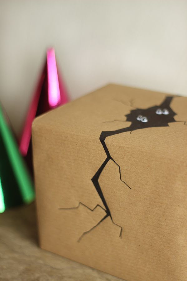 Cool Gift Wrapping Ideas. Whether it's for a birthday, Valentine