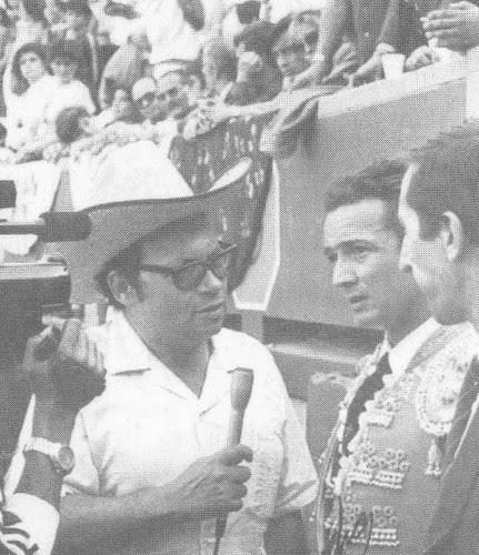 Periodista taurino Ángel Parra con Manzanares