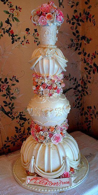 17 Best images about FANTASTIC CAKES on Pinterest   Pretty