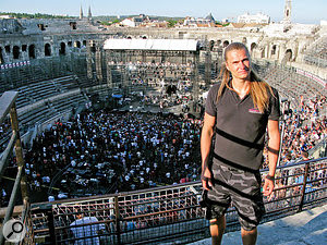Perttu Korteniemi drove all the way from Finland to ask for ajob at SSE in 2009. He now regularly works at serious high-profile events, such as this Blink 182 concert in the Nimes Coliseum in France.