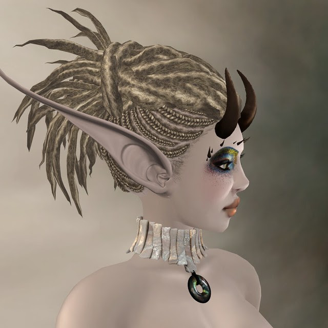 Insinuate: the awesomest hair detail :D