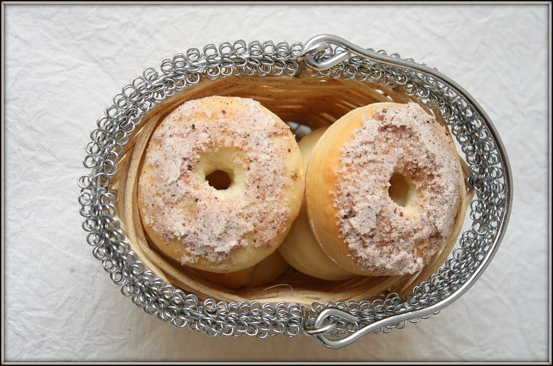 doughnuts with cinnamon and coconut