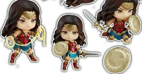 Wonder Woman Nendoroid Version Free Printable Cake Toppers