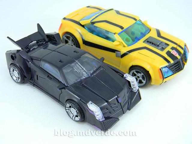 Transformers Vehicon Deluxe - Prime RID - modo alterno vs Bumblebee First Edition