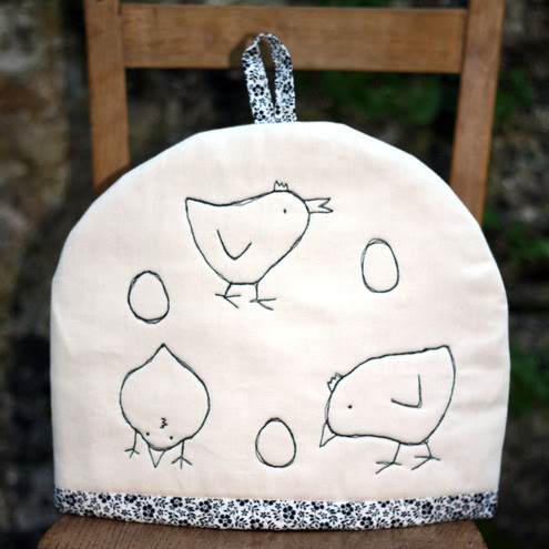Ruby Ruby - Chicken and Egg Tea Cosy