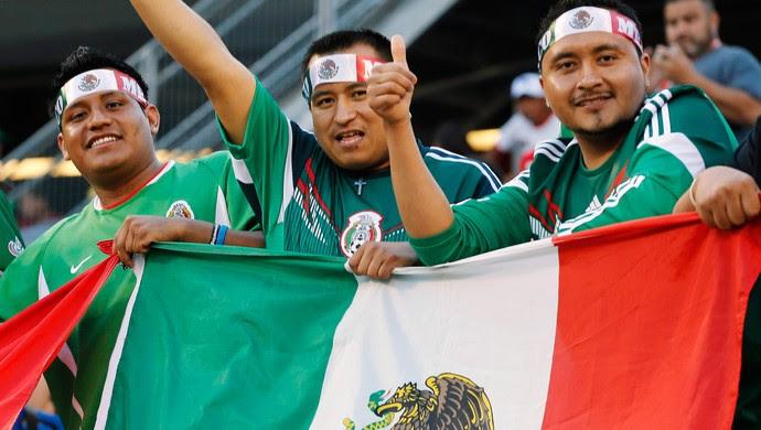 torcida Mexico x Bosnia amistoso (Foto: Reuters)