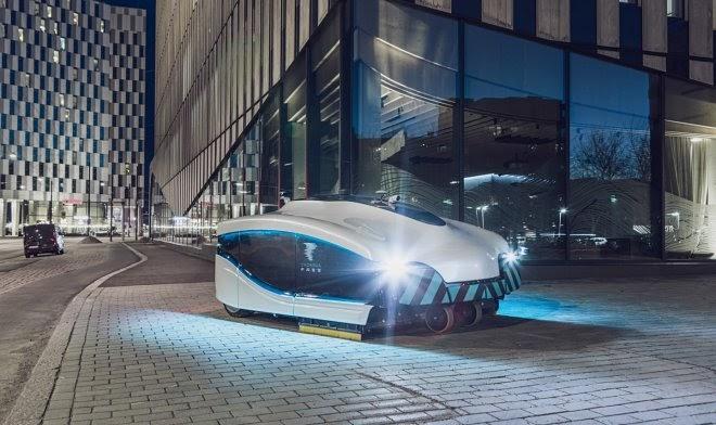 На финские улицы выехал первый автономный робо-дворник