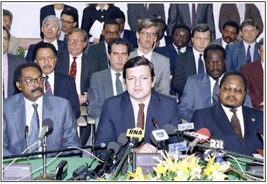 """UNITA quer clima de diálogo """"verdadeiro, inclusivo e abrangente"""" em Angola"""