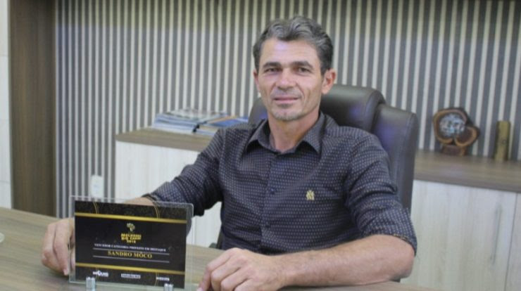 Prefeitura de Camalaú vai comprar retroescavadeira e trator de esteira com emenda de Pedro Cunha Lima