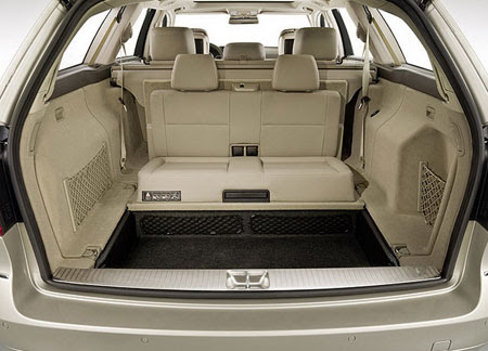 W212 E-Class Wagon features 3rd row seats