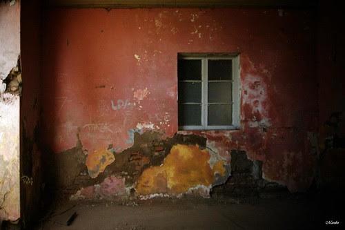 El fantasma tras la ventana by Alejandro Bonilla
