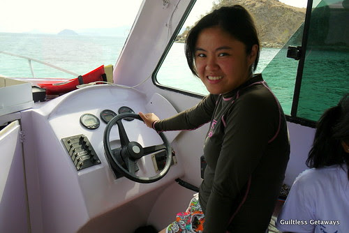 girl-in-speedboat.jpg