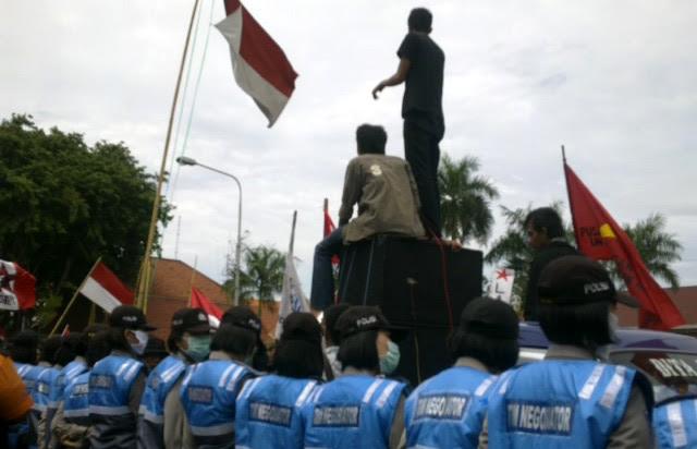 Solidaritas Darurat Nasional untuk Tragedi Kekerasan