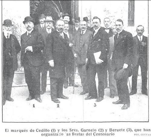 Autoridades en cargadas de los Fastos del III Centenario de El Greco en 1914. Foto Cuevas