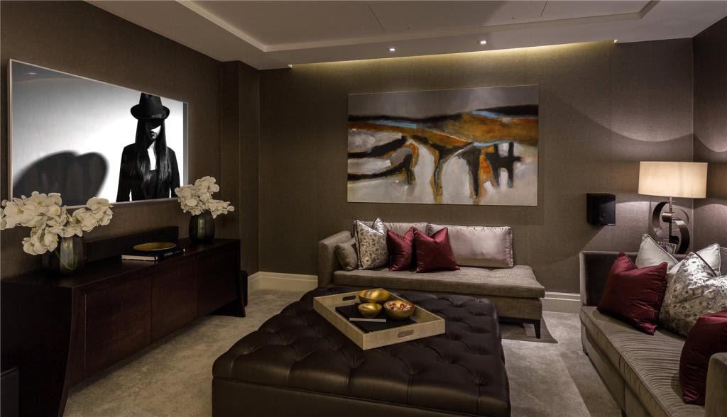 4 bedroom flat for sale in Ebury Square, London, SW1W