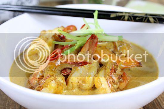 Curry prawns 2