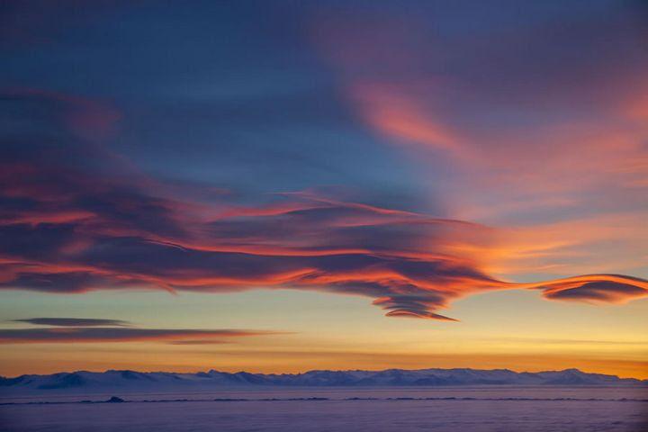 nubes lenticulares series McMurdo