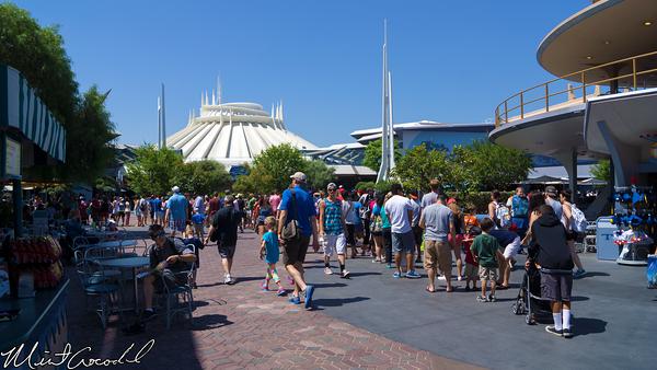 Disneyland Resort, Disneyland, Space Mountain, Refurbishment, Refurb, Innoventions, Queue