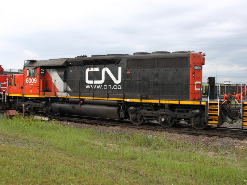 CN 6009 in Winnipeg