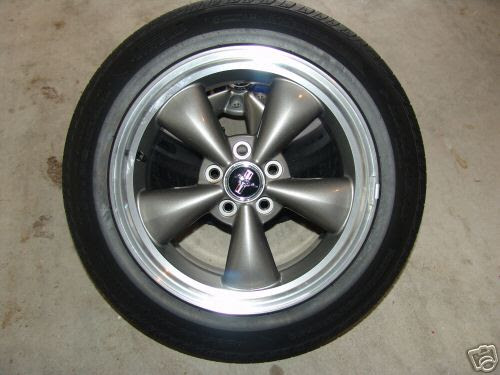 05  Oem Anthracite Bullet Wheels And Tires The Mustang Source Ford Mustang Forums