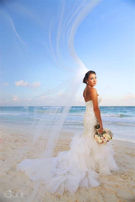 Tulum Destination Wedding at Akiin Beach Club ? Jessy and
