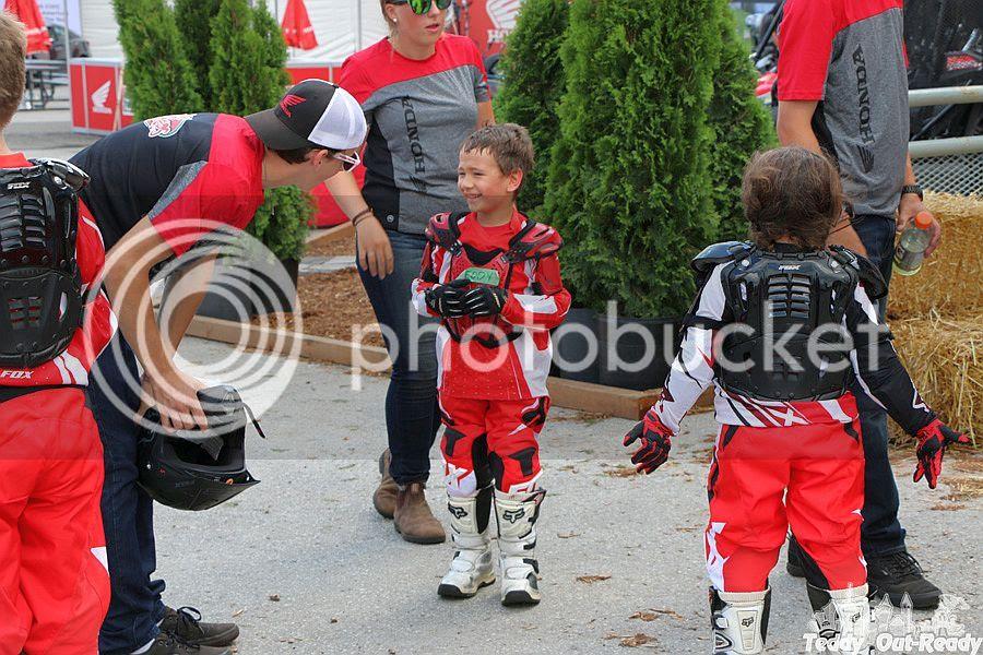 Junior Red Riders Break Time