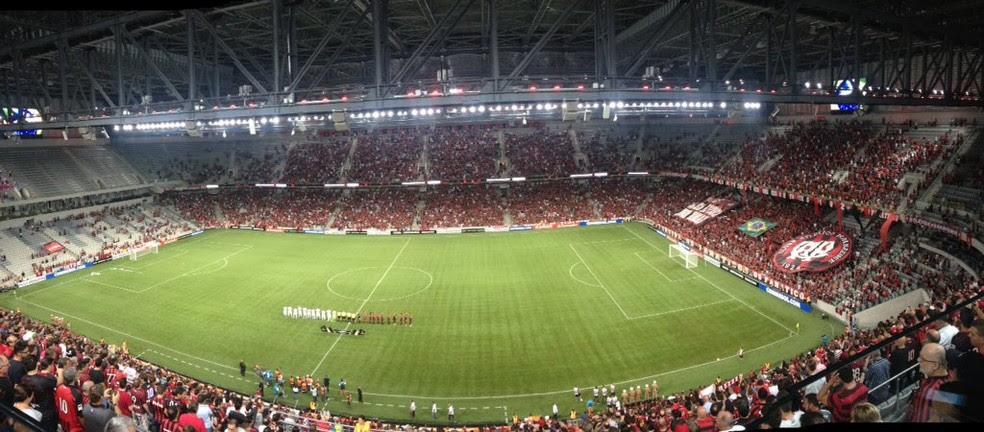 Previsão é de casa lotada para a próxima quarta-feira, na Arena da Baixada. Flameno e Atlético-PR jogam às 21h45 (Foto: Monique Silva)