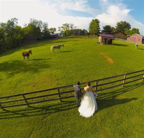 13 Modern Wedding Photo Ideas That'll Look Timeless