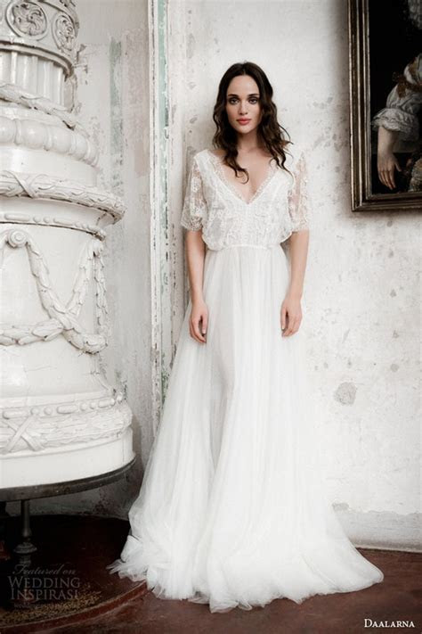 20 Gorgeous Wedding Dresses with Flutter Sleeves   Deer
