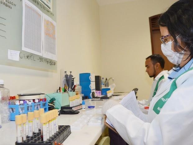 Laboratório instalado pela Prefeitura na nova sede do CCZ faz a análise de materiais do Aedes aegypti coletadas na cidade (Foto: Marco Polo )