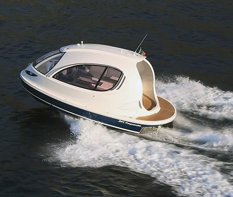Jet Ski and a Yacht Had A Baby! Check Out The New 2014 Jet Capsule