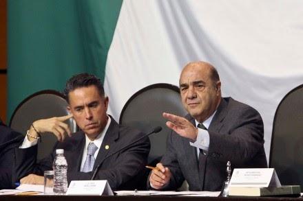 JOSE CARTEL EL REVELES INCOMODO PDF