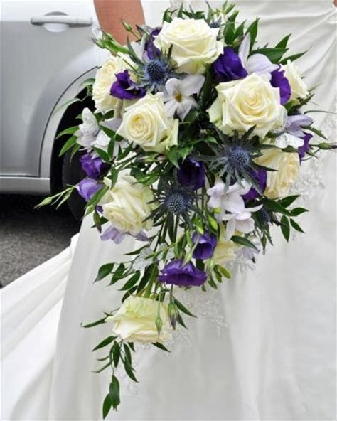 Fresh flower bouquets by Yorkshire Florist. Fresh flowers
