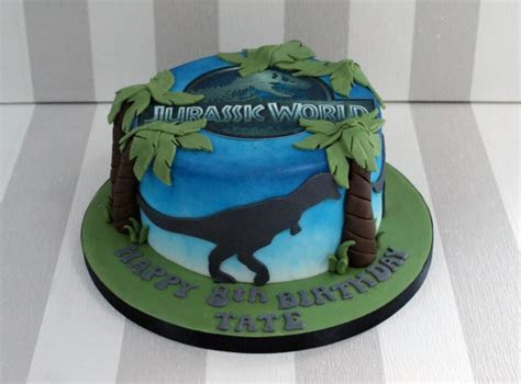 Jurassic World 8th Birthday Cake   Bakealous