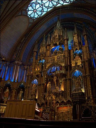 Notre Dame altar