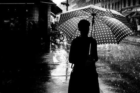 karya fotografi hitam putih  menawan  penuh
