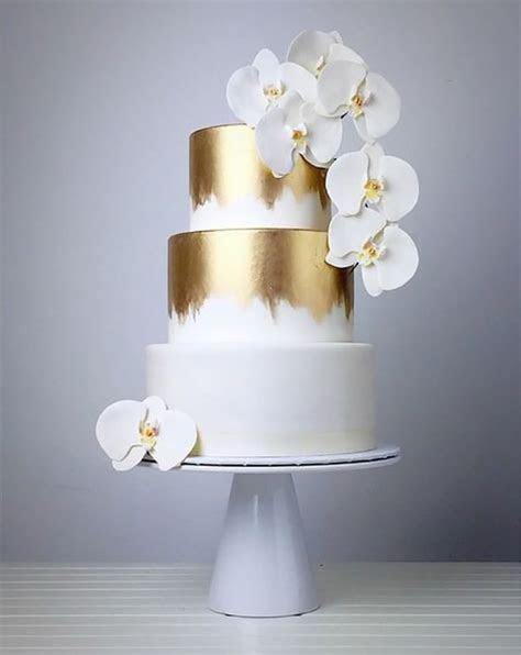 Gold Wedding Cakes   Wedding Ideas By Colour   CHWV