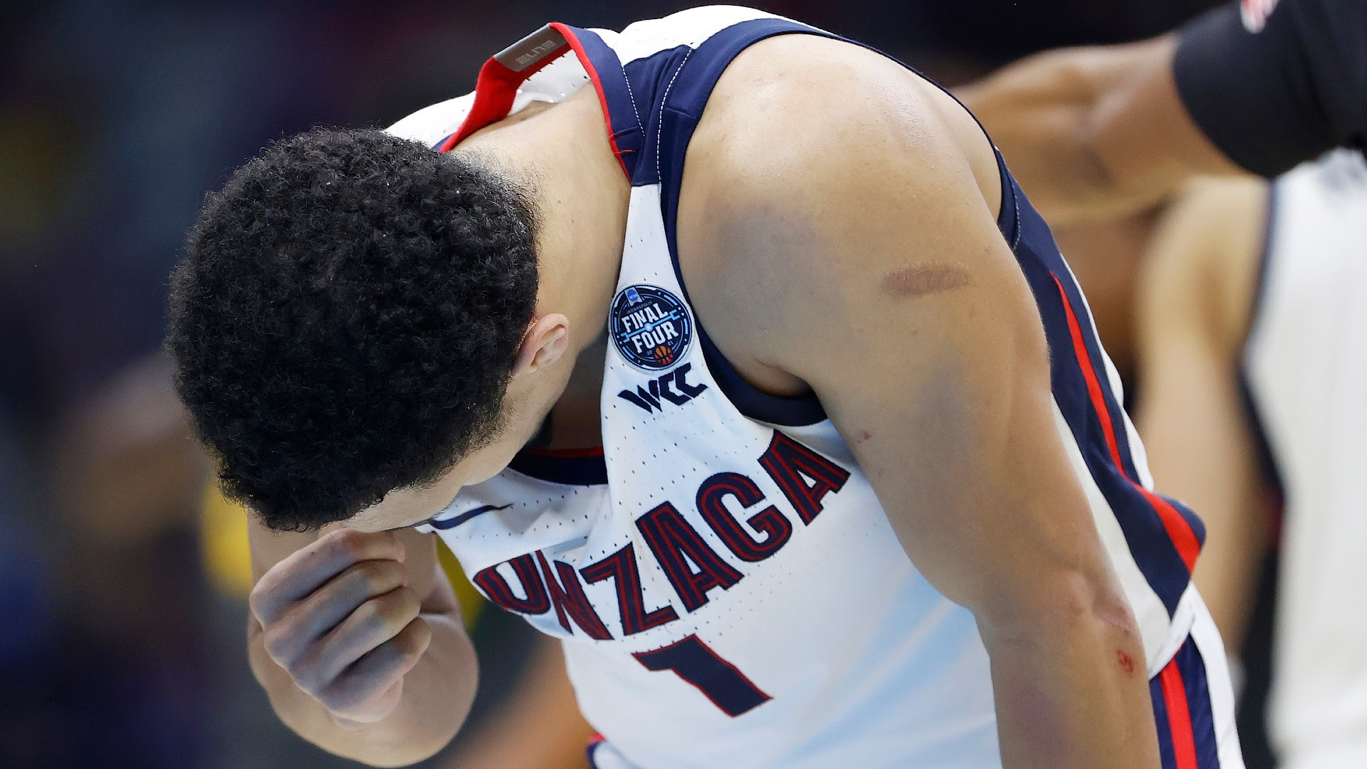 Baylor reminds Gonzaga of how tough it is to win it — and them — all