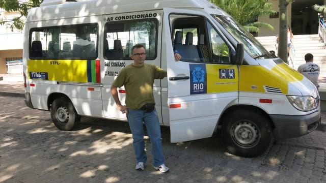 A van de João Batista foi uma das primeiras a ser adaptada às novas regras da prefeitura